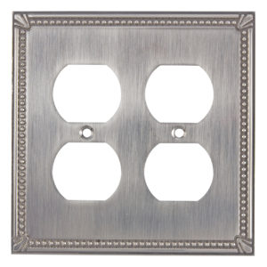 Switch plate Quadruple Receptacle - Traditional Style